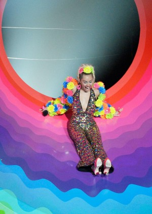 Miley Cyrus: 2015 MTV Video Music Awards in Los Angeles [adds]-106